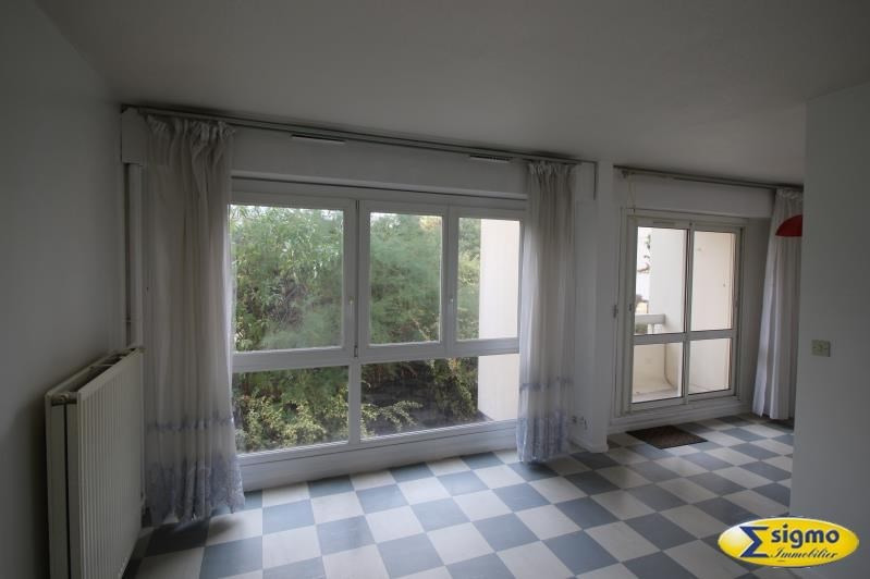 Sale apartment Chatou 133 000€ - Picture 1