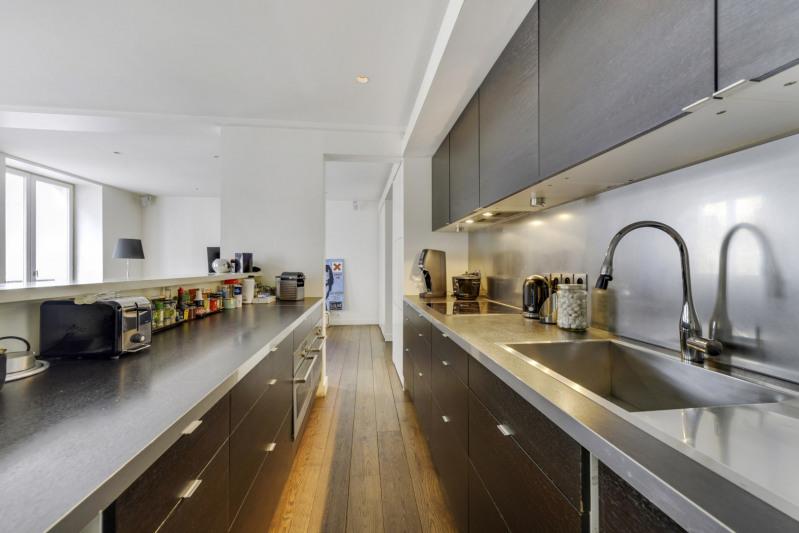 Deluxe sale apartment Paris 10ème 998000€ - Picture 4