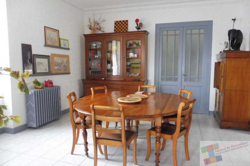 Sale house / villa Saujon 241500€ - Picture 1