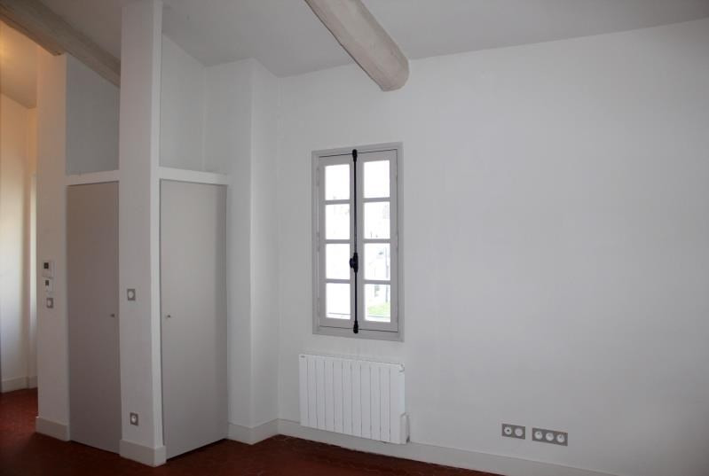 Rental apartment Villeneuve-les-avignon 450€ CC - Picture 3