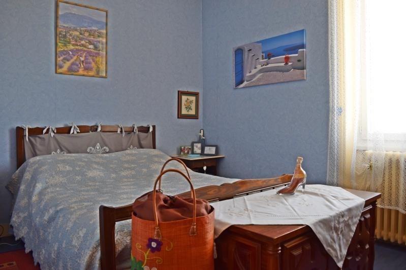 Sale house / villa Riorges 199000€ - Picture 10