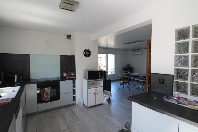 Vente maison / villa La motte servolex 550000€ - Photo 4