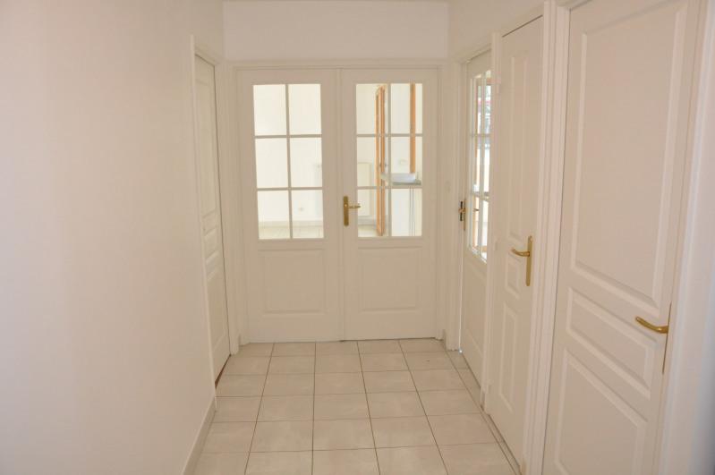 Sale apartment Tassin-la-demi-lune 385000€ - Picture 3