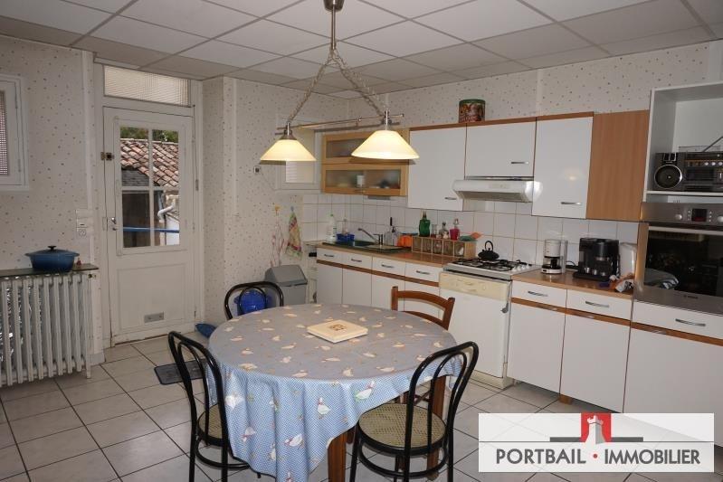 Sale house / villa Blaye 253500€ - Picture 4