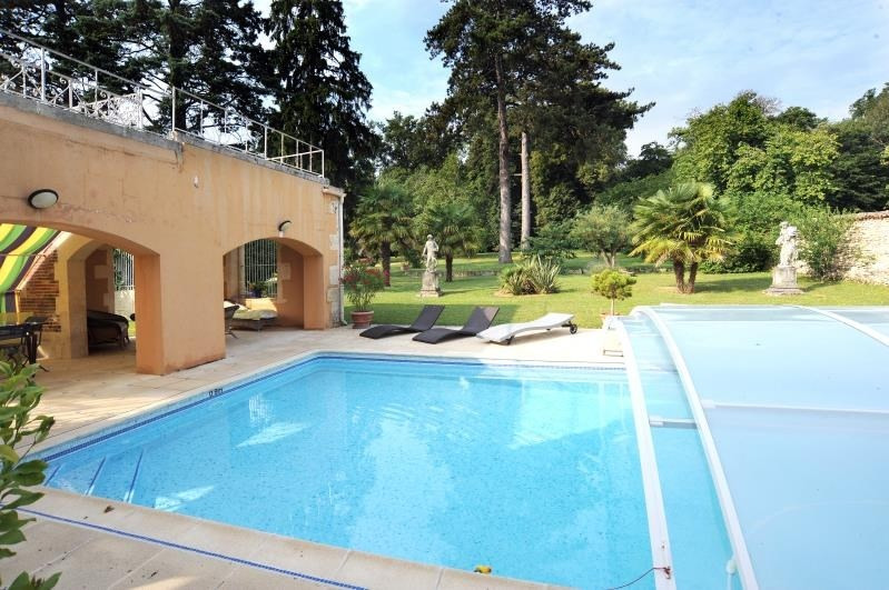 Deluxe sale house / villa Burie 1 575 000€ - Picture 6