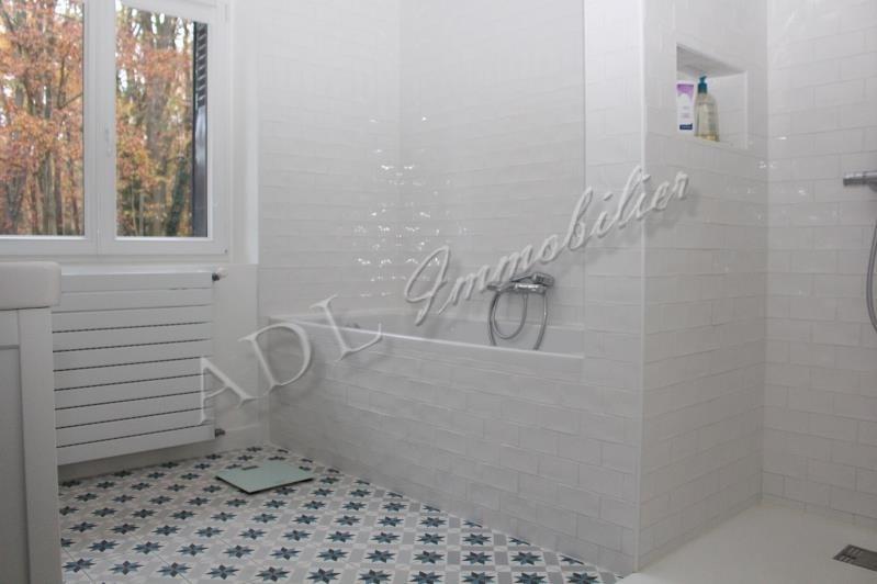 Deluxe sale house / villa Lamorlaye 636000€ - Picture 2