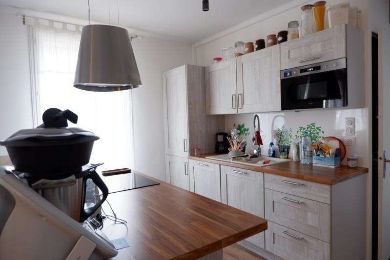 Sale apartment Le mesnil le roi 346500€ - Picture 2