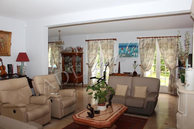 Deluxe sale house / villa Lamorlaye 988000€ - Picture 3