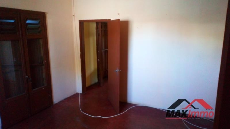 Vente maison / villa St joseph 132 000€ - Photo 4
