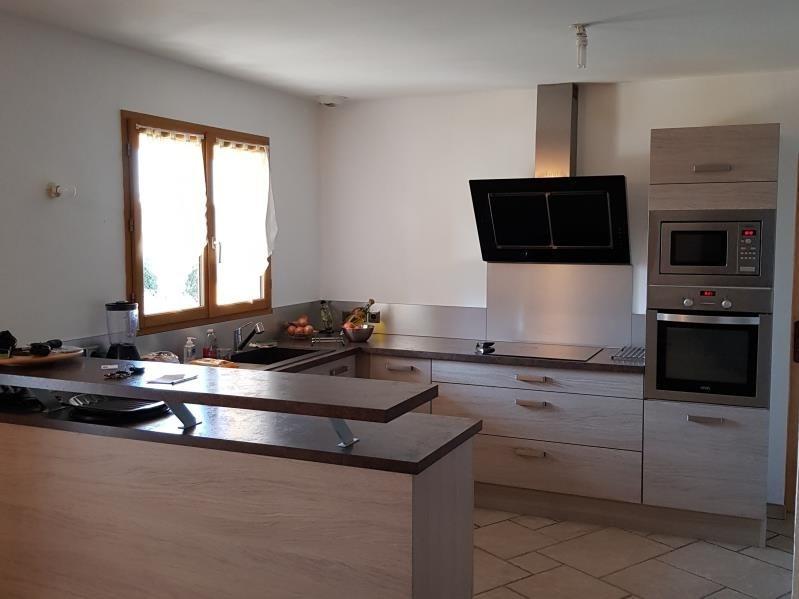 Sale house / villa Clonas sur vareze 270000€ - Picture 3