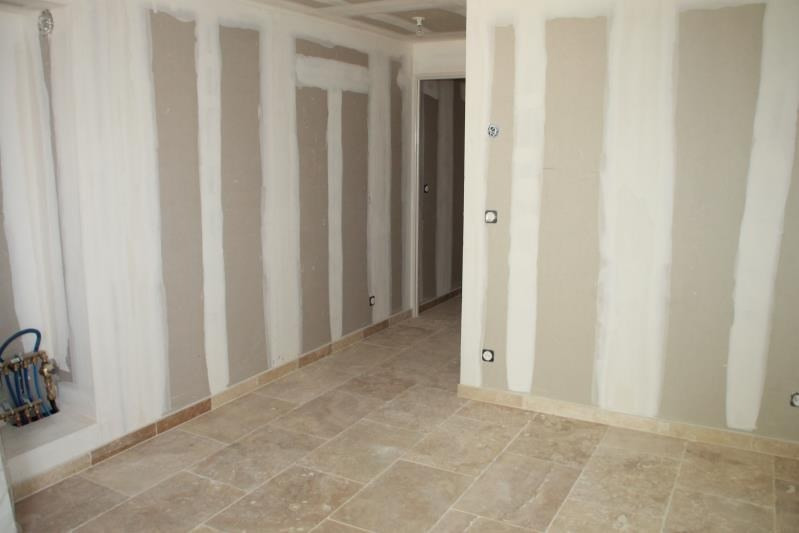 Sale apartment Rougiers 113 400€ - Picture 2
