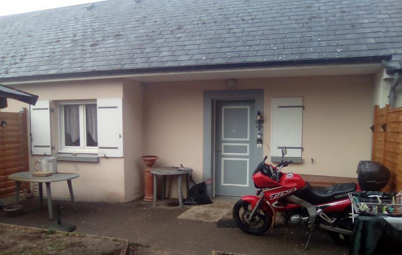 Sale house / villa Tigy 99000€ - Picture 1