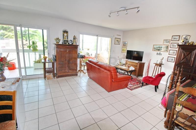 Sale apartment Anglet 250 000€ - Picture 1