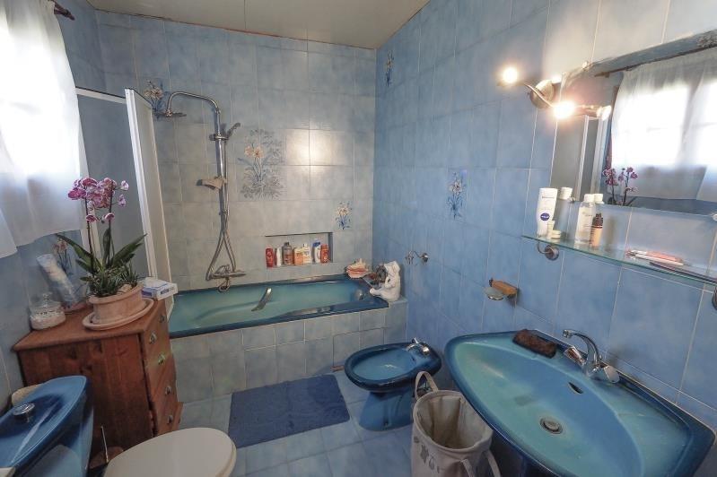 Sale house / villa Cubzac les ponts 299000€ - Picture 8
