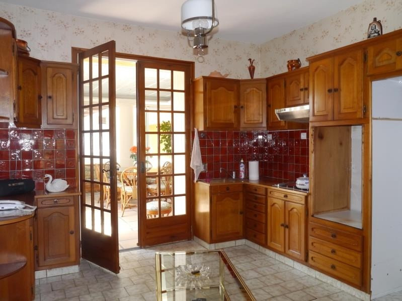Sale house / villa Gemozac 271 700€ - Picture 3