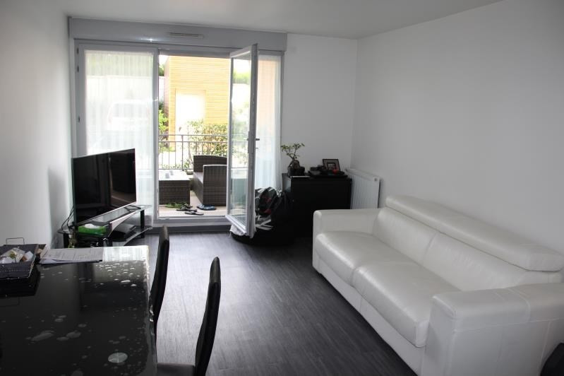 Sale apartment Osny 159000€ - Picture 3