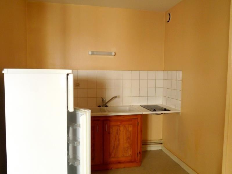 Location appartement Saintes 435€ CC - Photo 2
