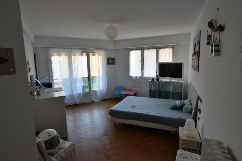 Sale apartment Pau 116000€ - Picture 2