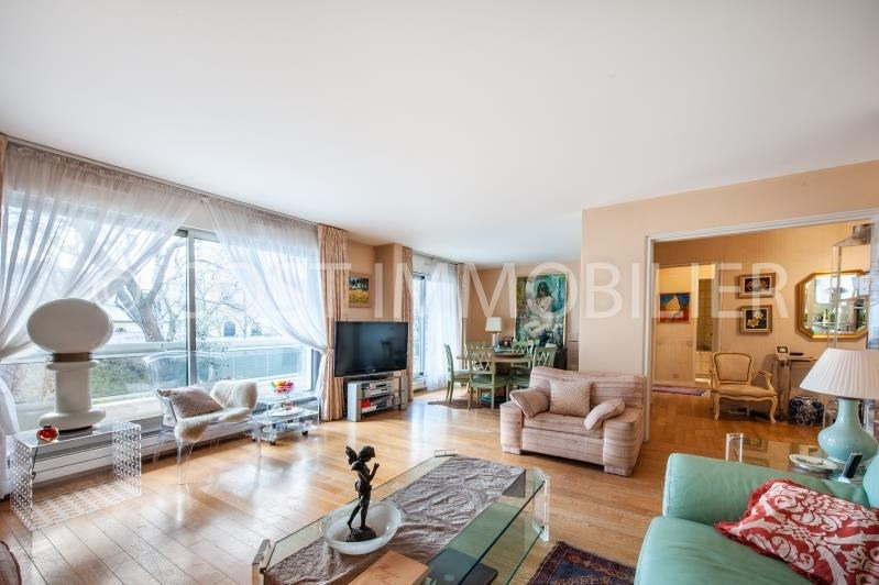 Sale apartment Courbevoie 920 000€ - Picture 1