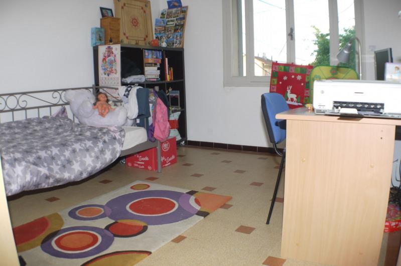 Location appartement Marseille 10ème 1050€ CC - Photo 5
