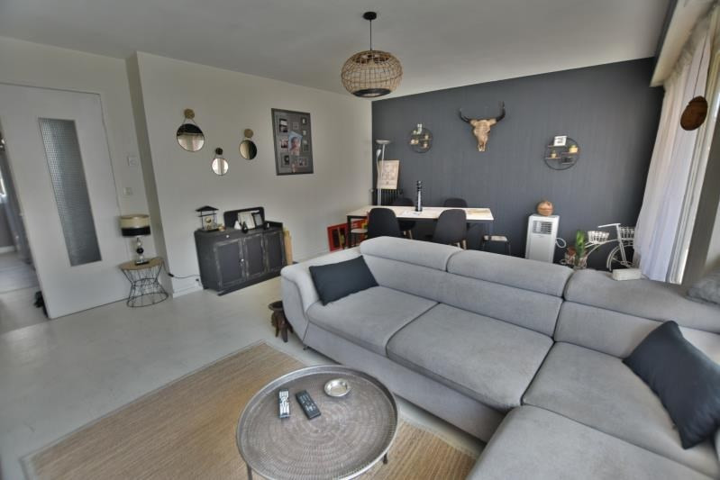 Sale apartment Pau 116 000€ - Picture 1