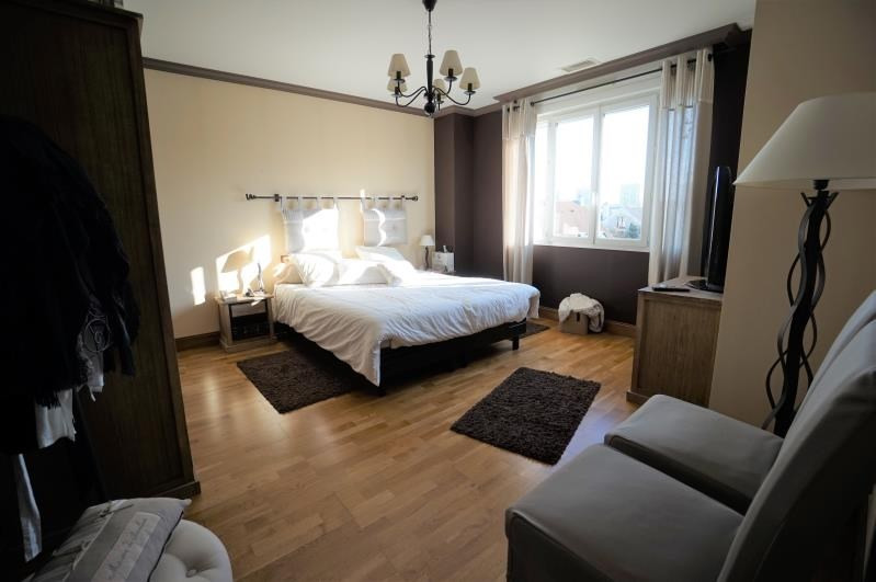 Sale house / villa Le mans 281000€ - Picture 5