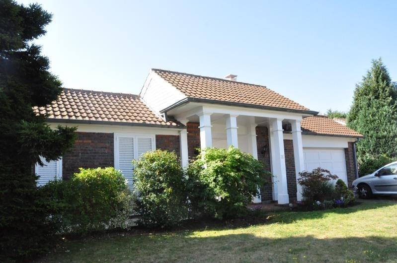 Sale house / villa St nom la breteche 724500€ - Picture 1
