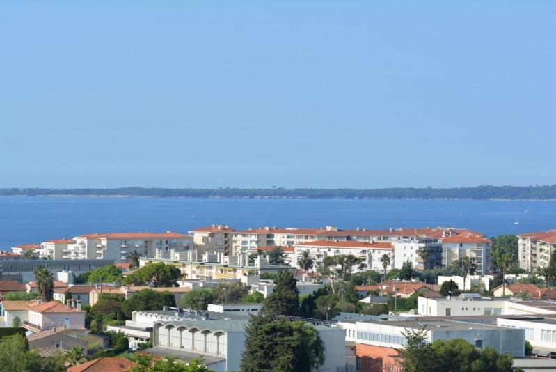 Vente appartement Antibes 243000€ - Photo 1