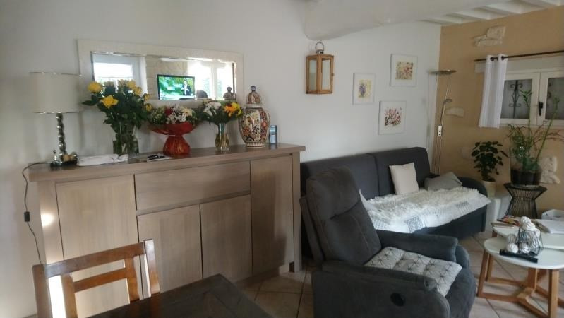 Sale house / villa Presly 72500€ - Picture 3