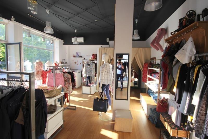 boutique Aix les bains 162000€ - Fotografie 3