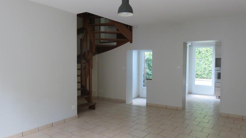 Sale house / villa Tours 210000€ - Picture 3
