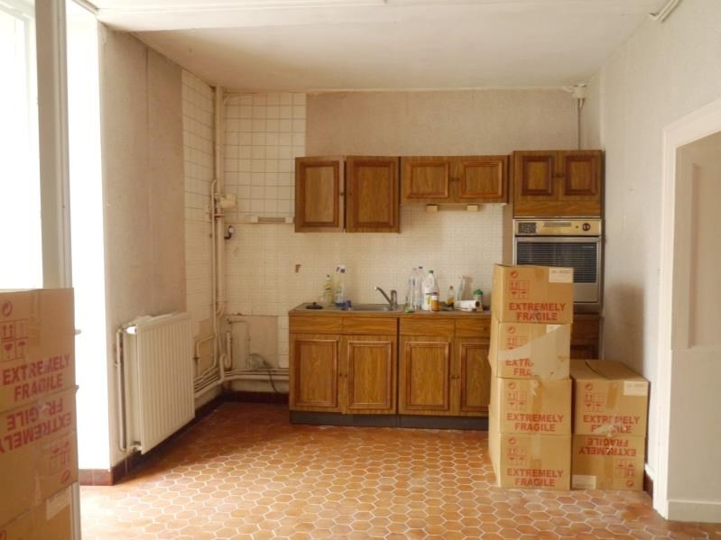 Sale house / villa Gemozac 96 300€ - Picture 2