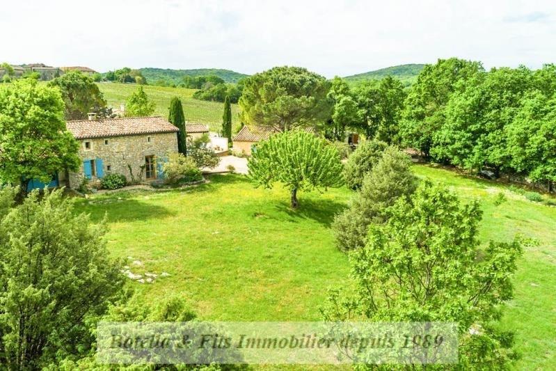 Deluxe sale house / villa Barjac 498000€ - Picture 1