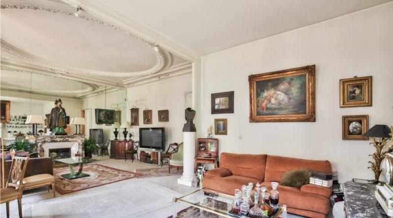 Vente de prestige appartement Paris 6ème 1740000€ - Photo 2