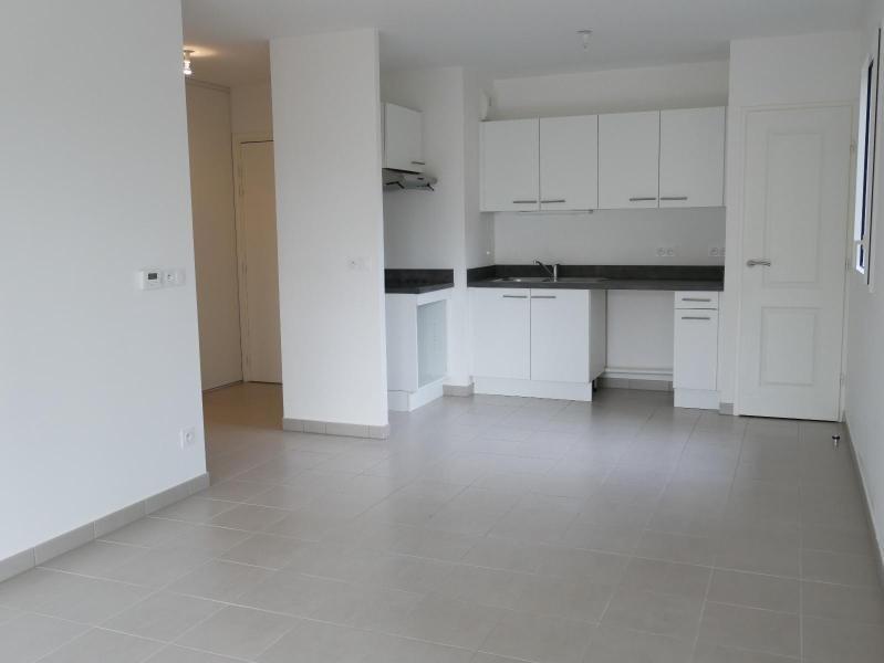 Location appartement Aix en provence 1214€ CC - Photo 3