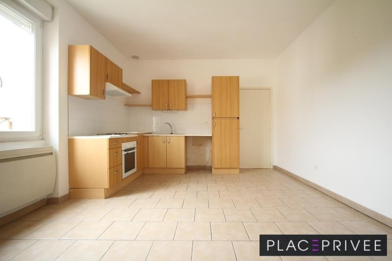 Location appartement Xeuilley 690€ CC - Photo 1