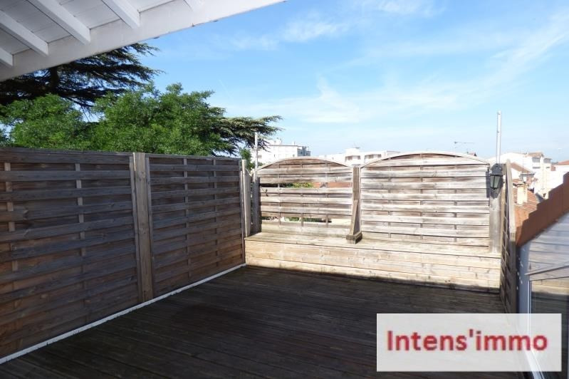 Sale apartment Romans sur isere 119 000€ - Picture 2