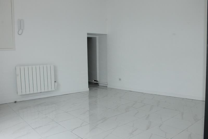 Location appartement Boissy l aillerie 660€ CC - Photo 2