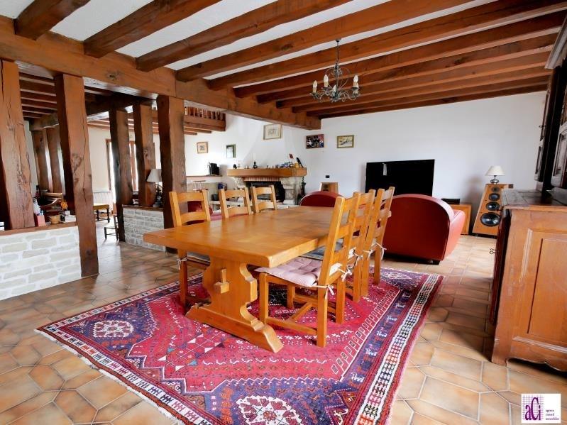 Sale house / villa L hay les roses 690000€ - Picture 3