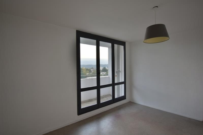 Sale apartment Pau 63 000€ - Picture 1
