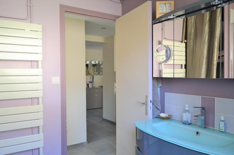 Sale house / villa Toussieu 437000€ - Picture 10