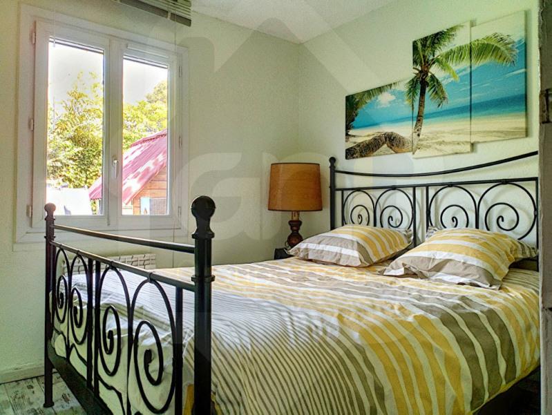 Sale house / villa Velaux 379600€ - Picture 6