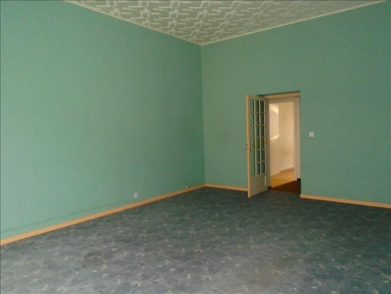 Sale apartment Oloron ste marie 110250€ - Picture 2