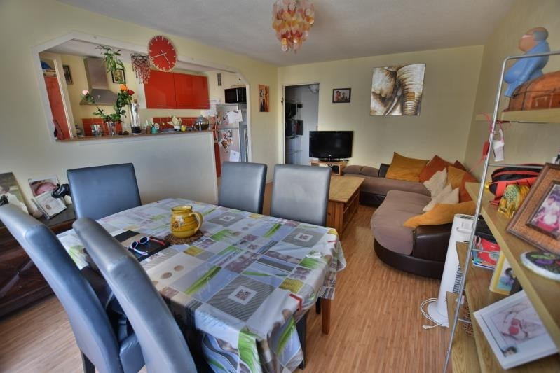 Sale apartment Pau 87 000€ - Picture 1