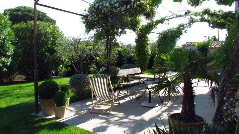Deluxe sale house / villa Molleges 735000€ - Picture 4