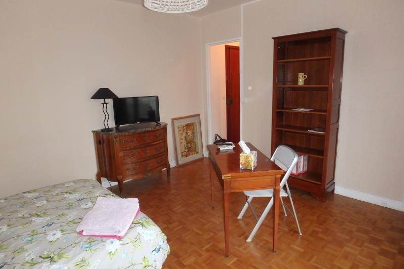 Location appartement Viroflay 830€ CC - Photo 2