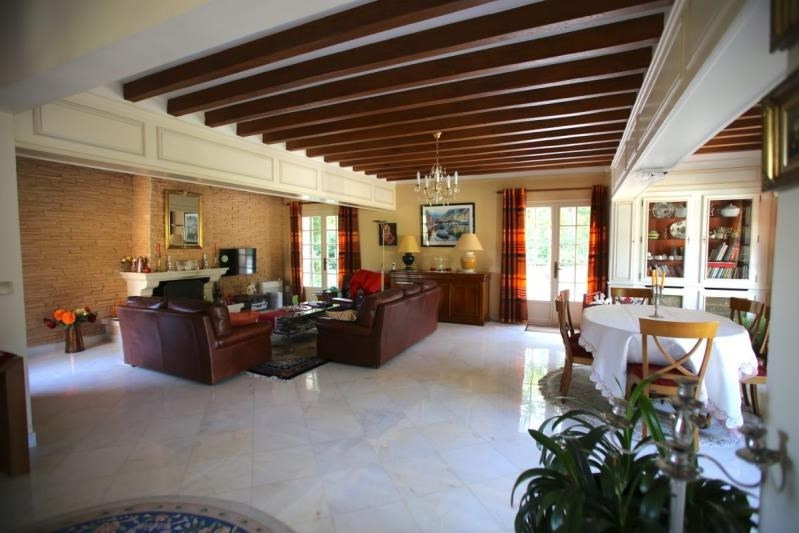 Sale house / villa Montfort l amaury 840000€ - Picture 4