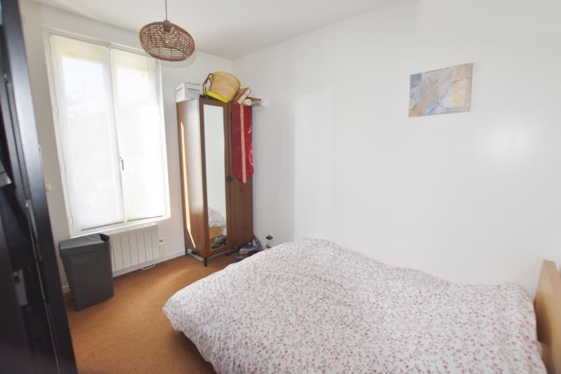 Location maison / villa Houilles 1300€ CC - Photo 5
