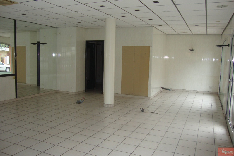 Location local commercial Castanet-tolosan 1 400€ CC - Photo 5