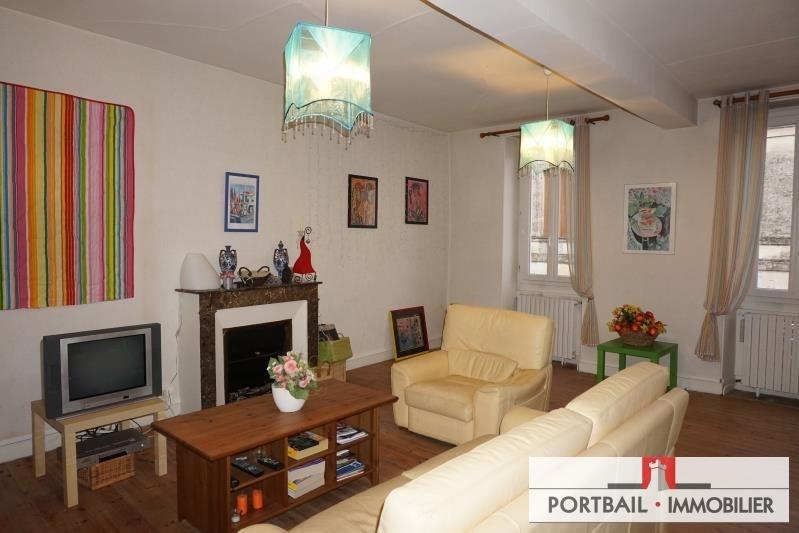 Sale house / villa Blaye 253500€ - Picture 1
